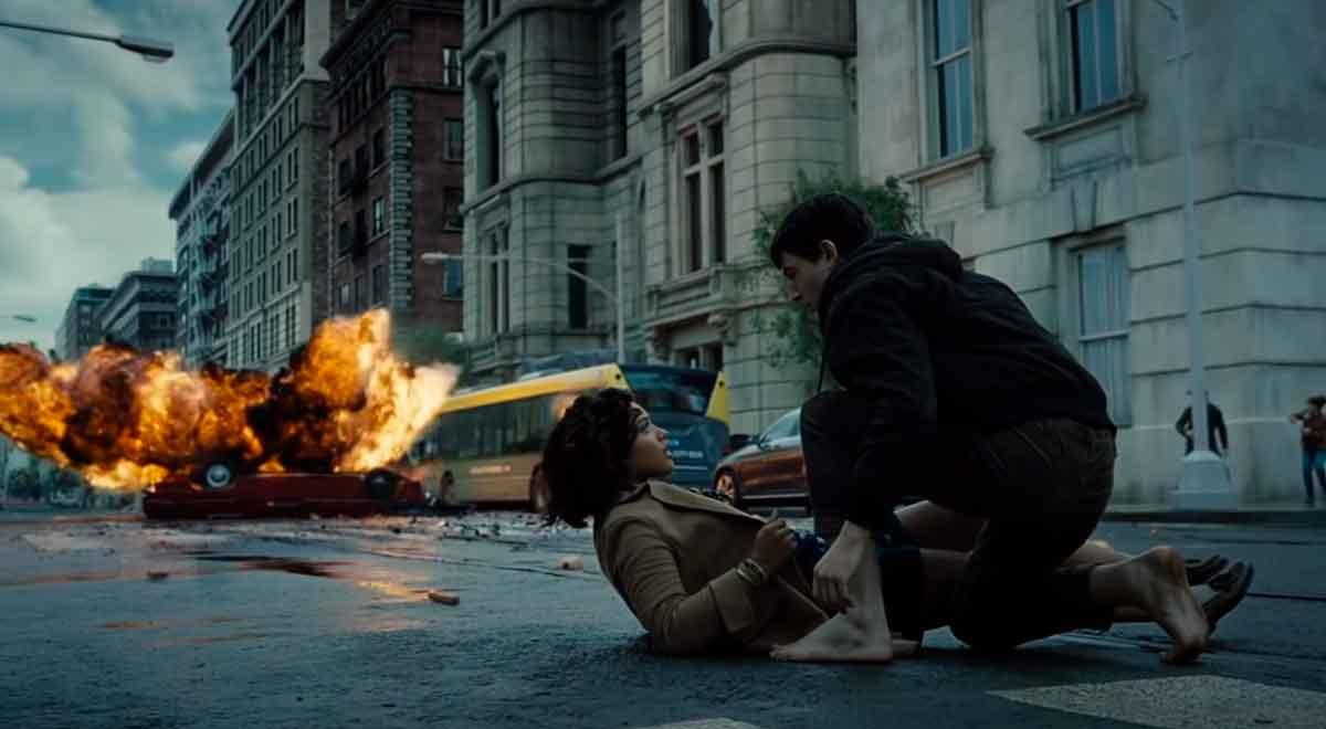 Liga de la justicia: Las grandes diferencias de la Snyder Cut con la versión de 2017 flash iris west