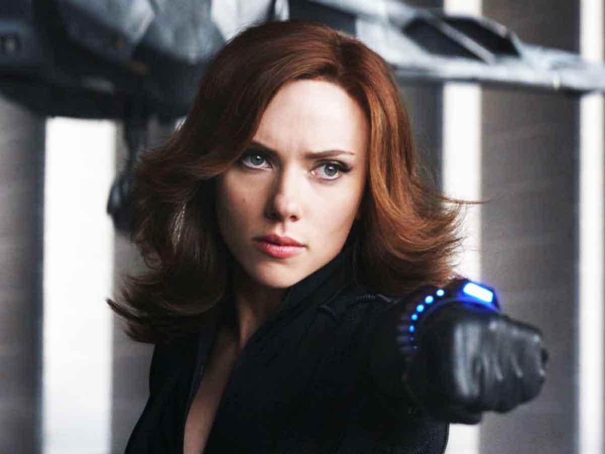 Scarlett Johansson explica por qué Viuda Negra no debía llegar antes