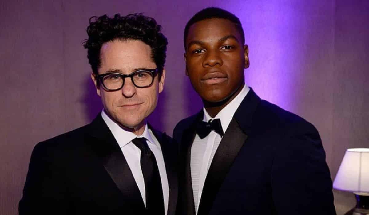 Star Wars: John Boyega defiende a J.J. Abrams