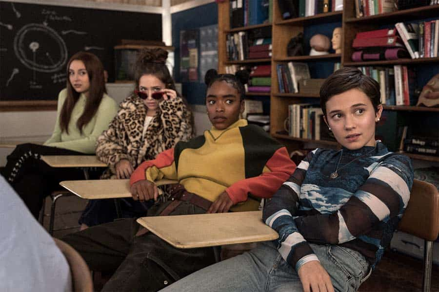 Crítica a Jóvenes y Brujas: Nueva Hermandad, una secuela sin encanto