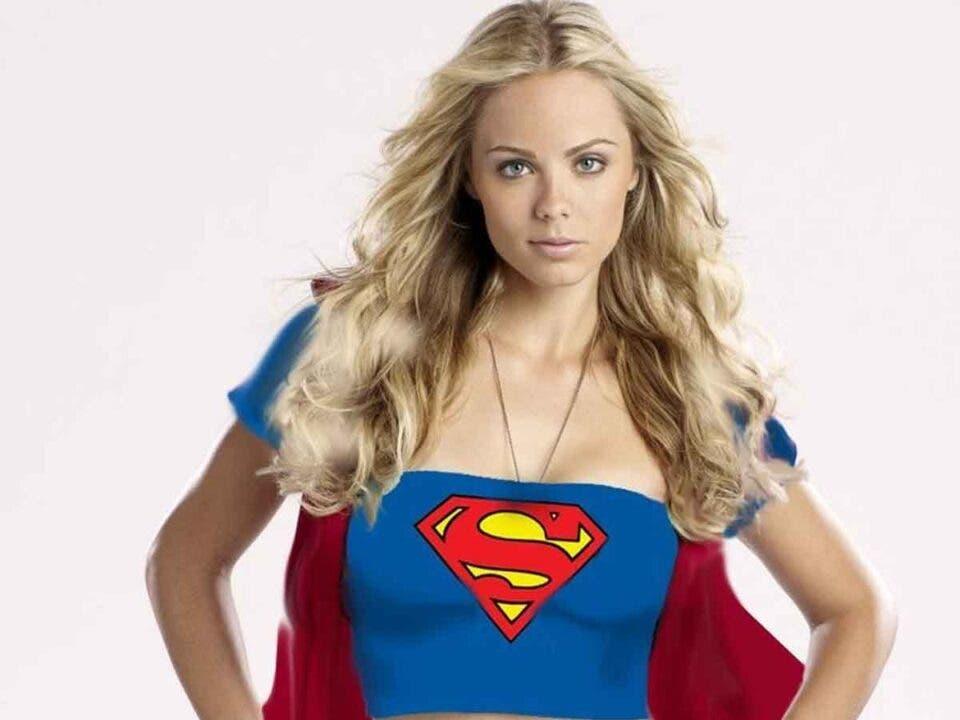 Laura Vandervoort critica el final de Smallville