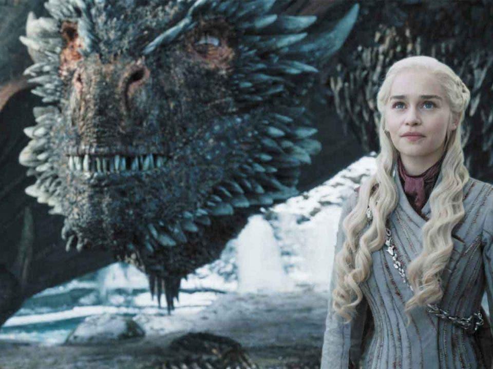 Emilia Clarke expone su triste teoría de como acabó su dragón de Juego de Tronos