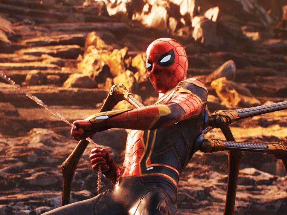 Motivo por el que Iron Man creo el traje / armadura para Spider-Man