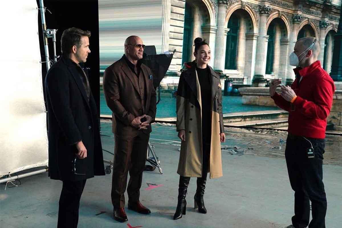 Gal Gadot comparte una imagen junto a Ryan Reynolds y Dwayne Johnson