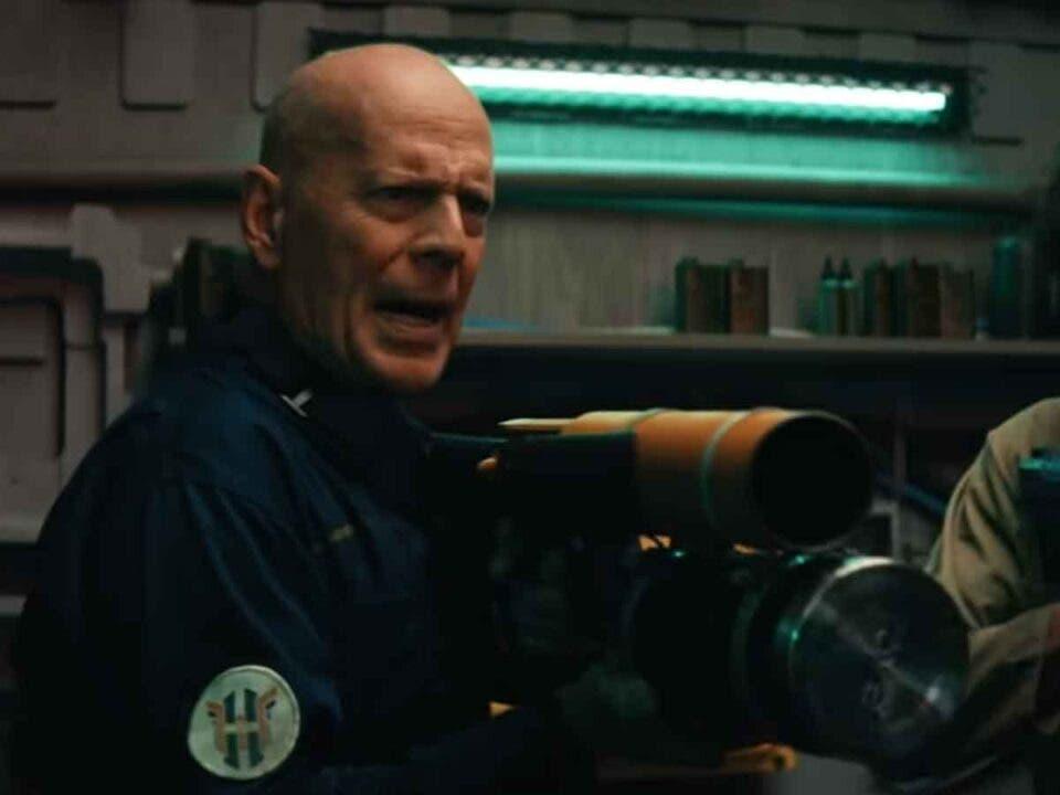 Tráiler de Breach: Bruce Willis en el espacio