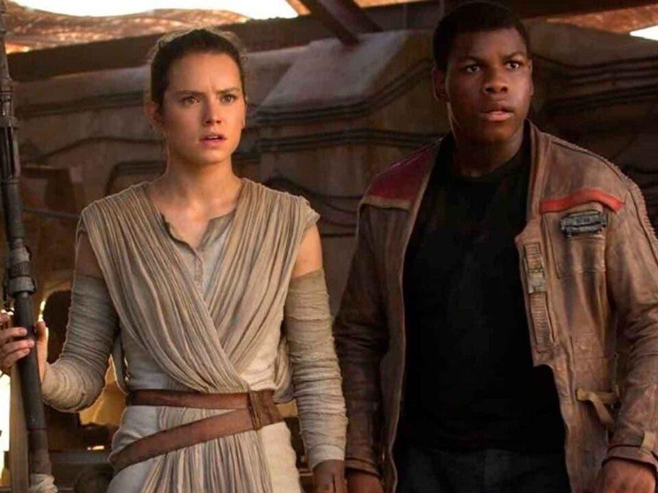 Un libro de Star Wars tuvo que cortar el romance de Rey y Finn