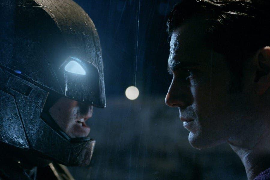 ¿Por qué las películas de Zack Snyder en el DCEU no convencen a todos?