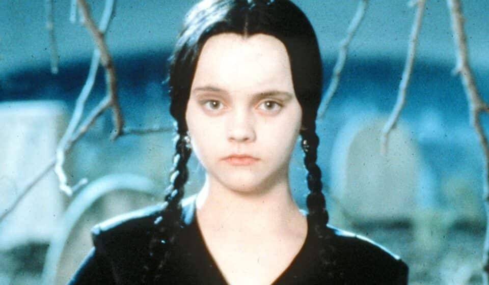 Tim Burton prepara una serie de Miércoles Addams para Netflix