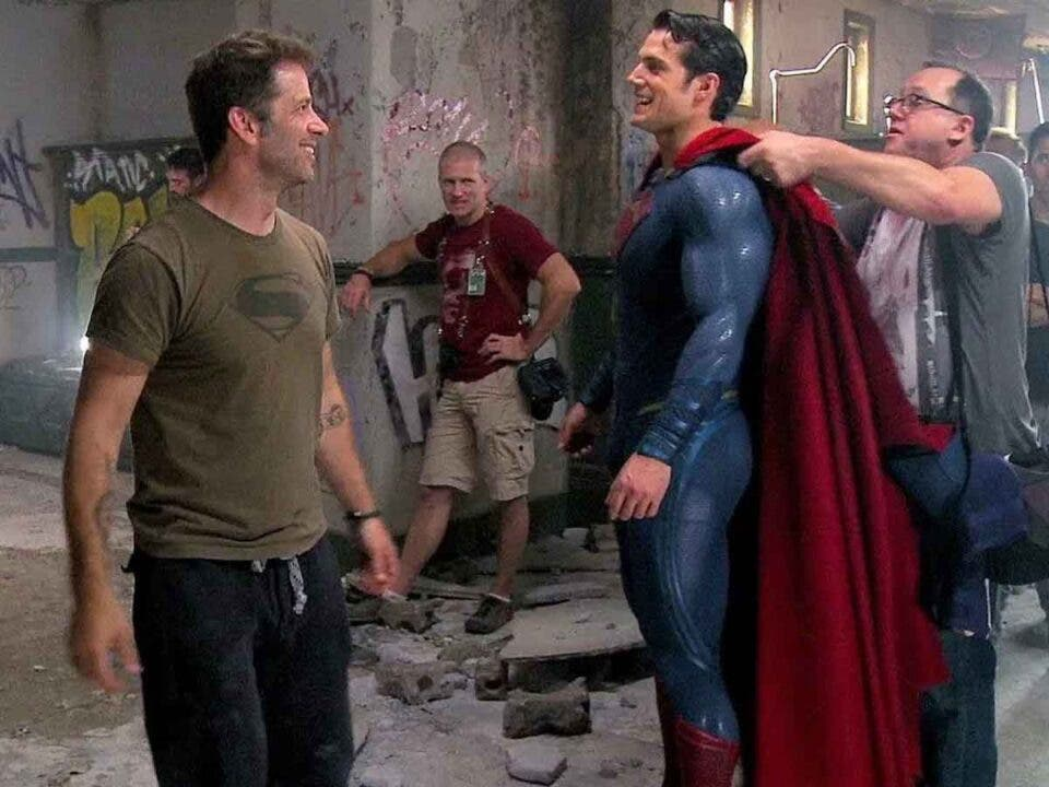 Henry Cavill felicita a Zack Snyder por La Liga de la Justicia