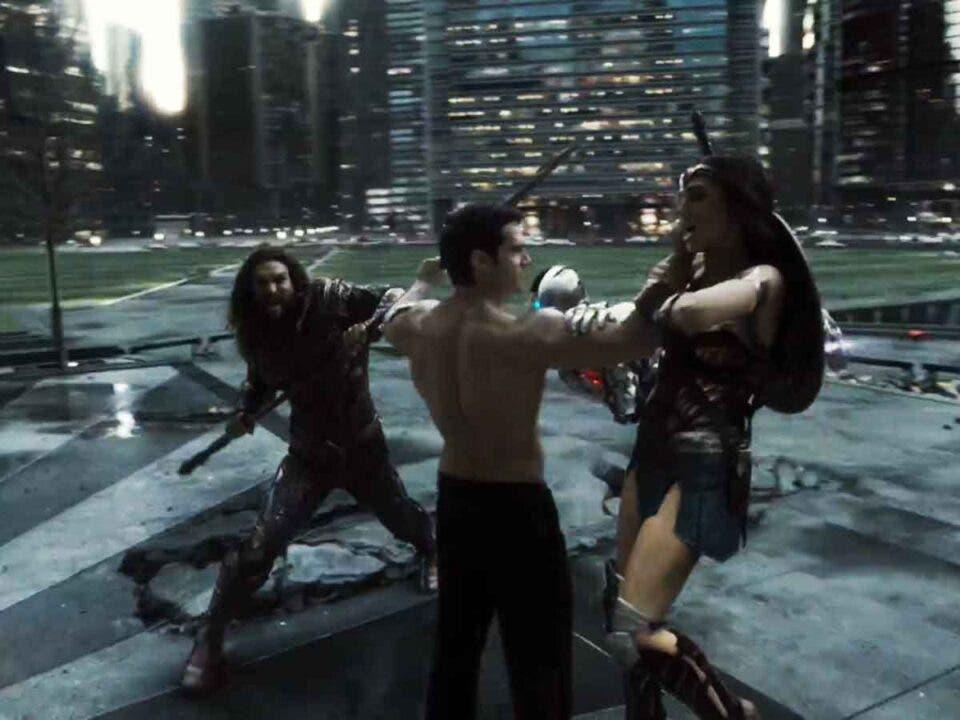 Verdadero motivo por el que Superman dejó de luchar contra el resto de los héroes