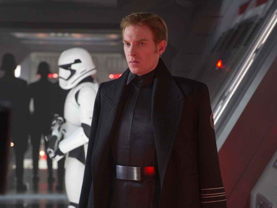 Domhnall Gleeson regresaría a Star Wars con una condición
