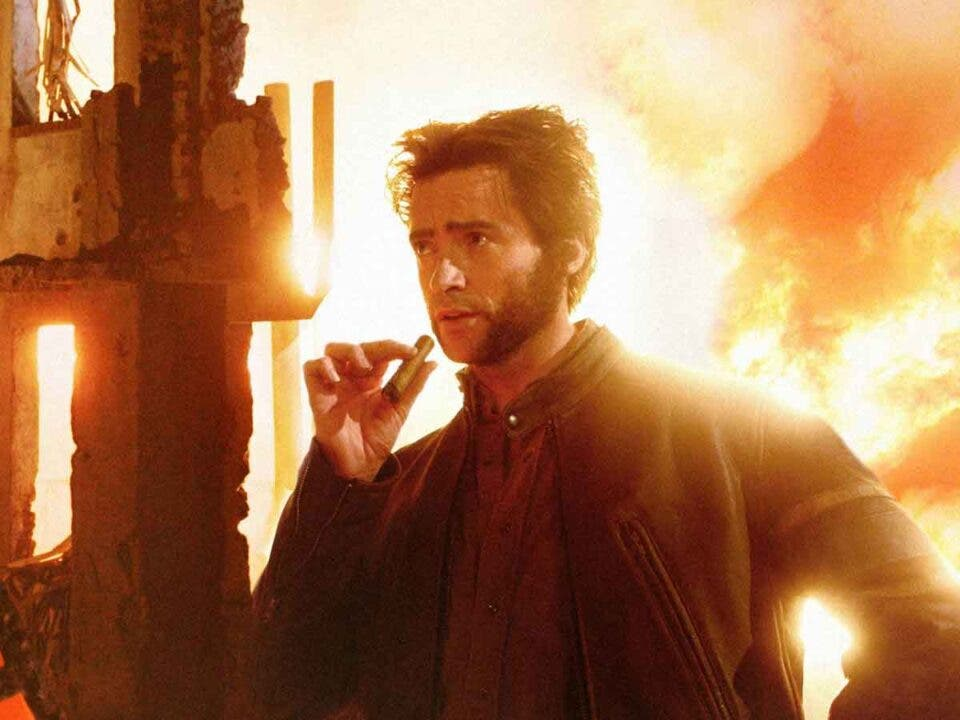 Hugh Jackman se vacuna al más puro estilo Wolverine