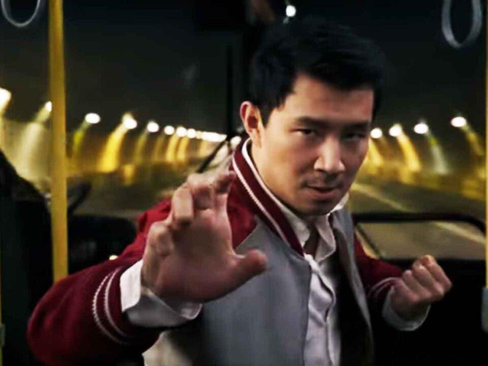 Primer tráiler de Shang-Chi y la leyenda de los diez anillos (2021)
