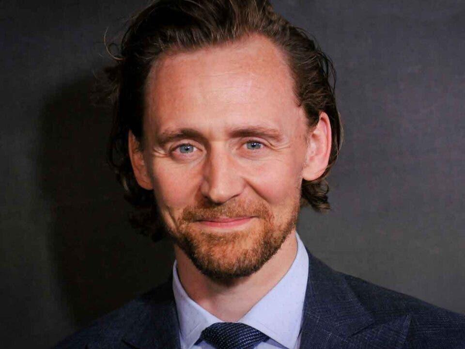 Tom Hiddleston habla sobre los rumores de interpretar a James Bond