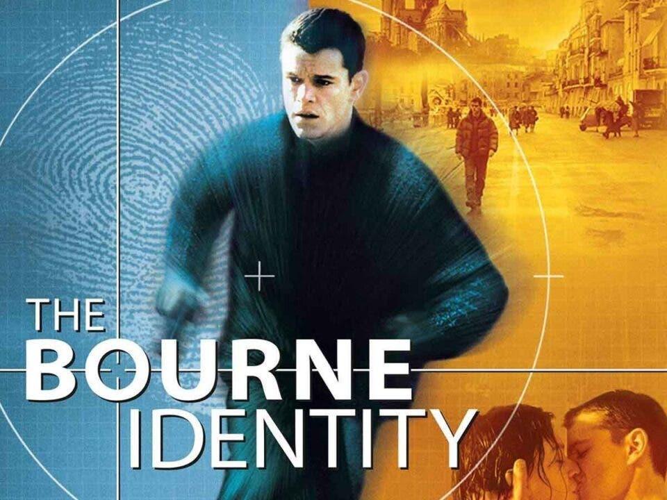 El final de la primera película de Bourne pudo ser muy diferente