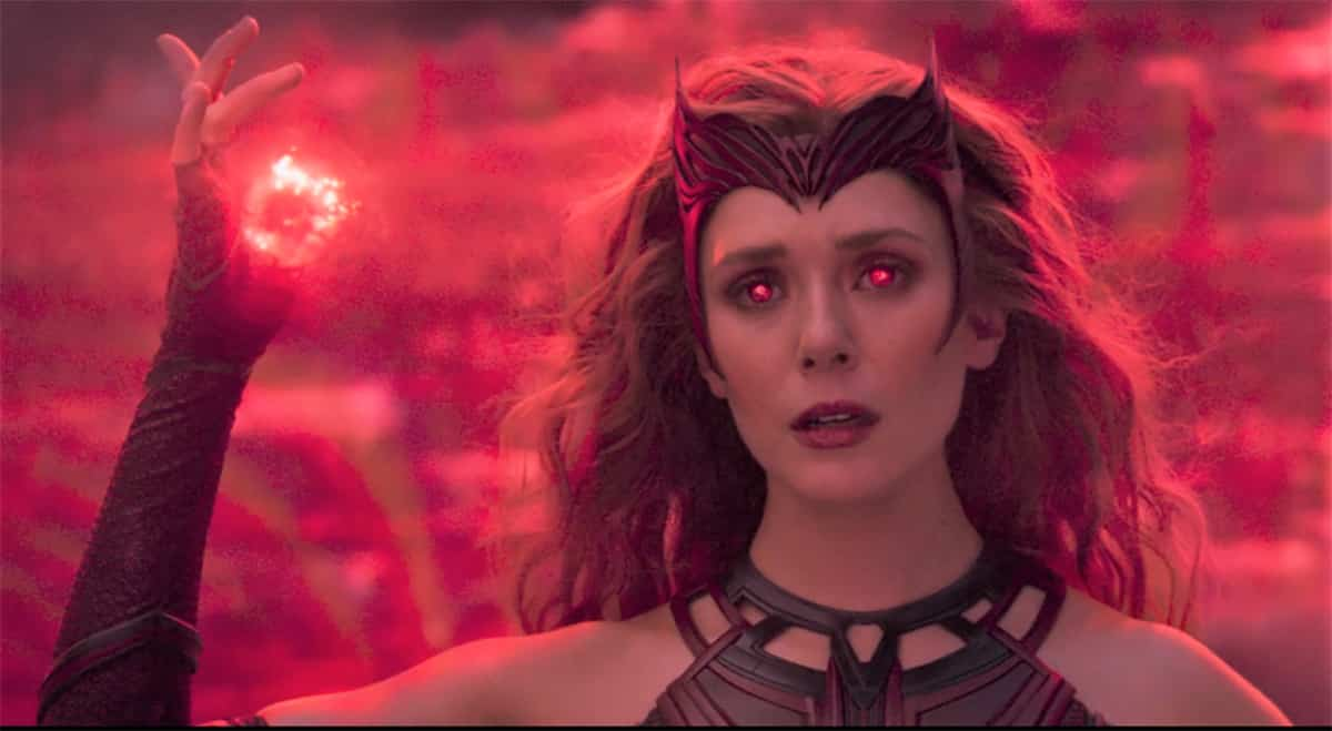 Elizabeth Olsen denounced her original small contract with Marvel