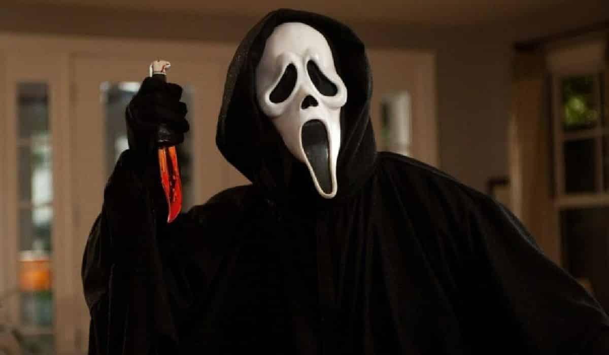Dale vida a tu personaje de terror favorito - scream 5