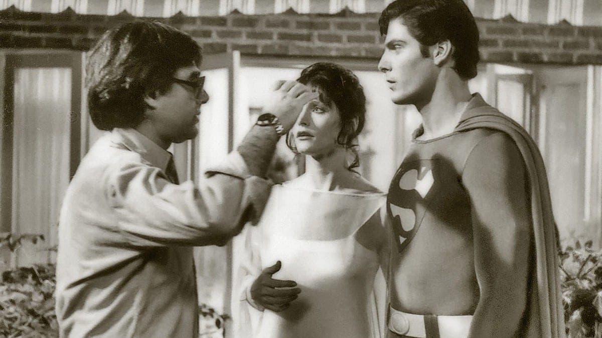 El director Richard Donner y el elenco de Superman