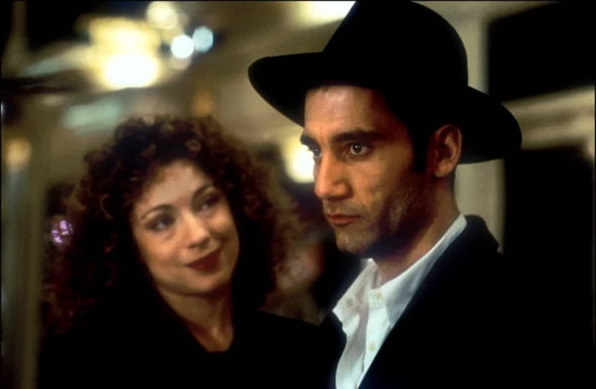 7 películas sobre juegos de azar que deberías ver si eres un amante del casino croupier 1998