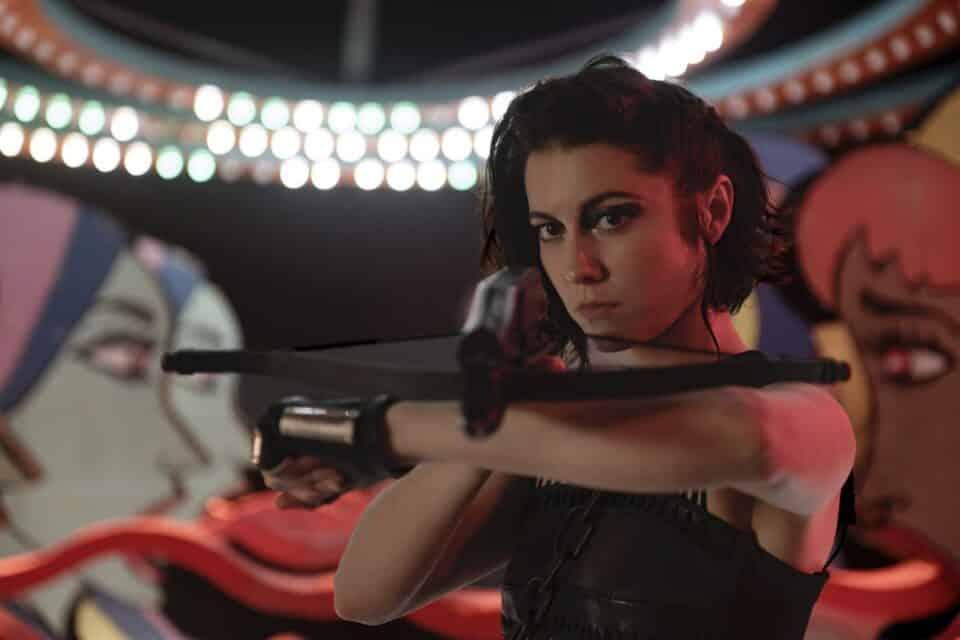 ¿Estará La cazadora en la película de Canario Negro?
