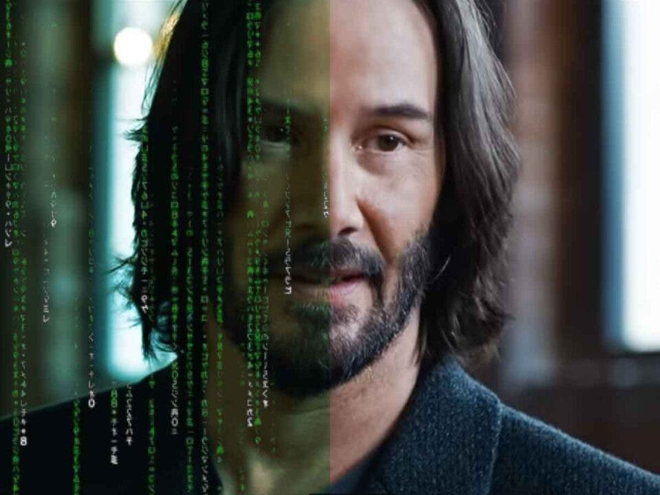 Matrix Resurrections es menos verde