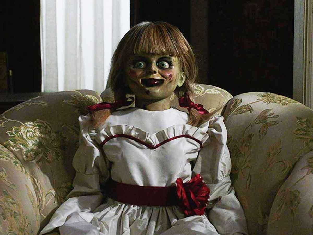 Dale vida a tu personaje de terror favorito - annabelle vuelve a casa