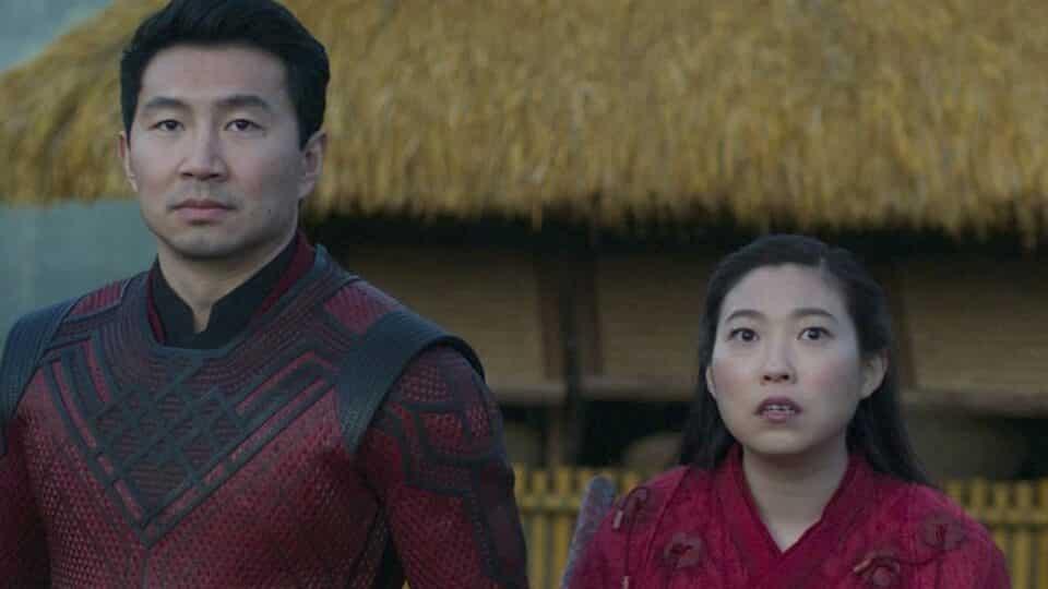 Awkwafina responde a las críticas de su personaje en Shang-Chi