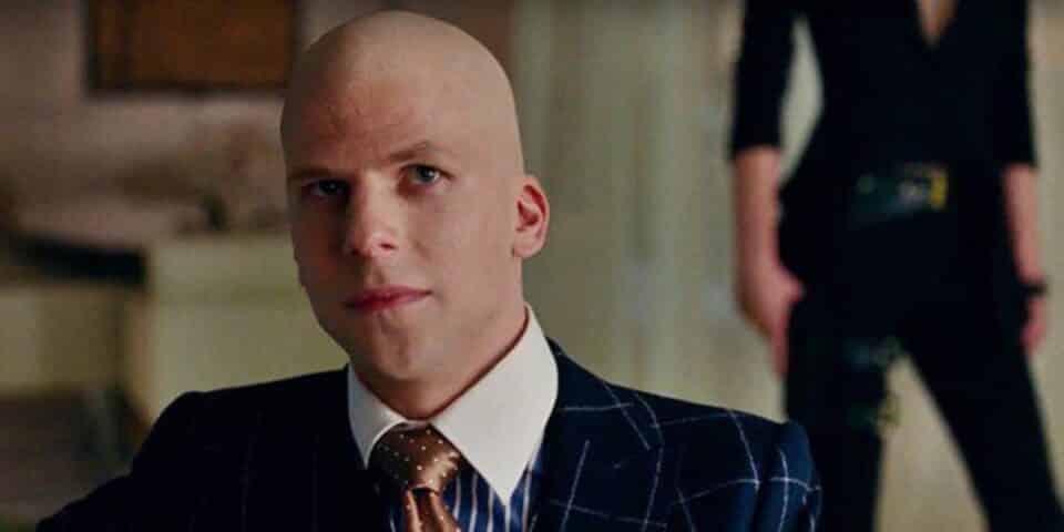 Jesse Eisenberg niega haber estado envuelto en The Batman